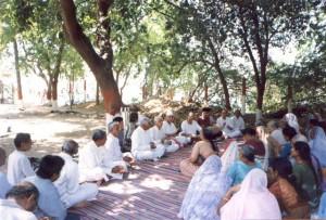 Surat-Ashram-Chanting-3