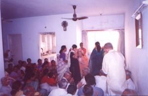 Surat-Ashram-Chanting-4